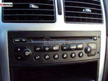 Peugeot fabrički CD player za Peugeot 206, 207, 306 ... od 1998. do 2010. god.