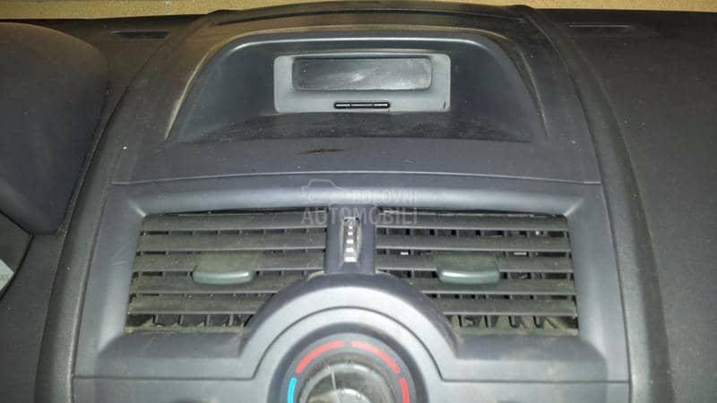 Displej radia