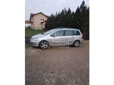 Peugeot 307 - kompletan auto u delovima