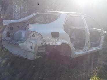 Gola skoljka za Renault Laguna