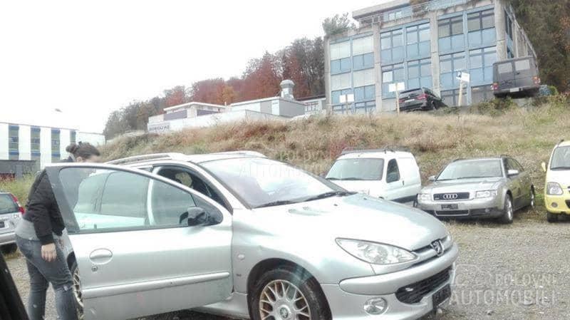 Delovi za Peugeot 307