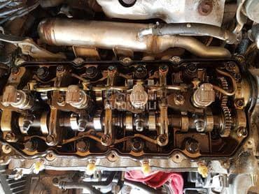 Glava motora 2.0 d4d 85kw za Toyota Avensis od 2003. do 2005. god.