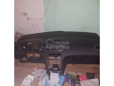 Instrument tabla za Peugeot 308