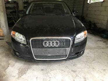 Audi A4 2006. god. - kompletan auto u delovima