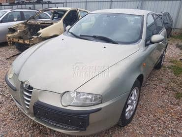 Alfa Romeo 147 2002. god. - kompletan auto u delovima