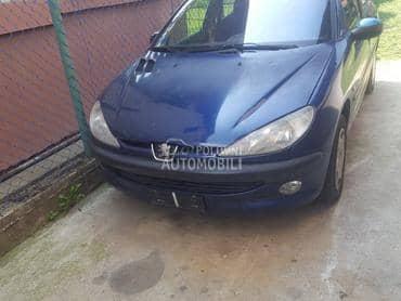 Peugeot 206 2004. god. - kompletan auto u delovima