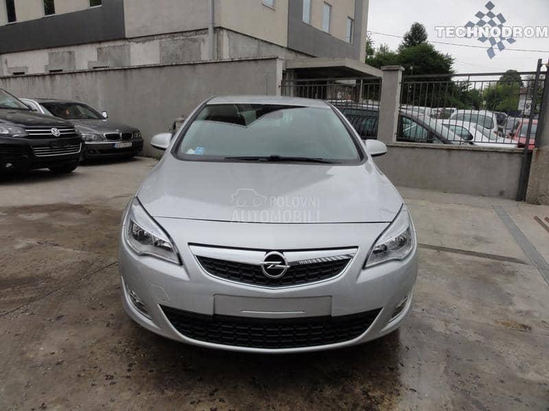 Opel Astra J 1.3 CDTI