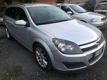 Opel Astra H 2006. god. - kompletan auto u delovima
