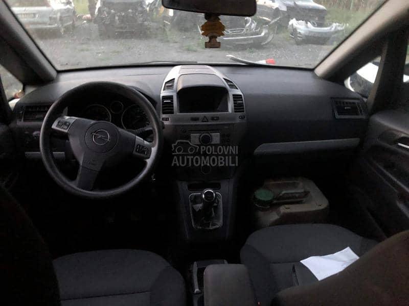 Opel Zafira 2006. god. - kompletan auto u delovima