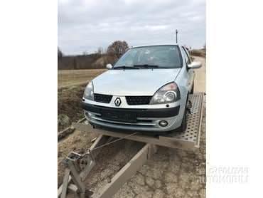 Renault Clio -  kompletan auto u delovima