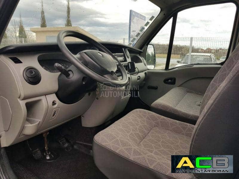 Nissan Interstar 2,5 dci ID102