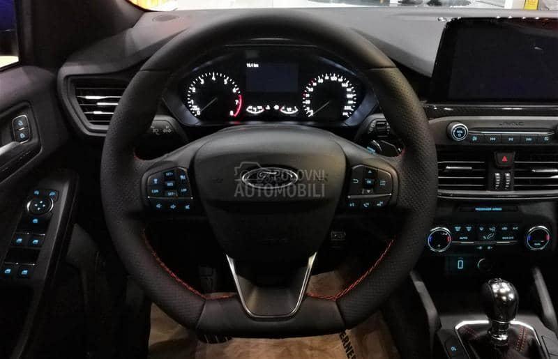Ford Focus 1.0 EcoBoost ST Line
