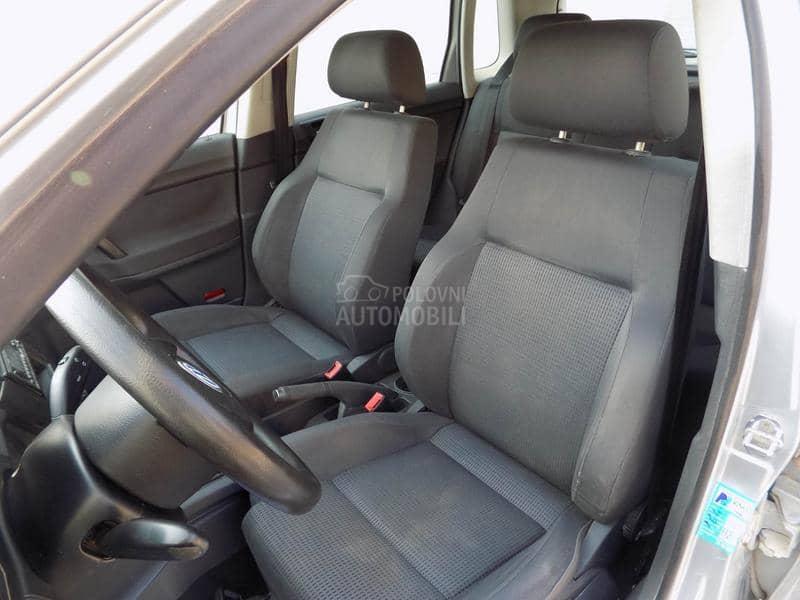 Volkswagen Polo 1.4B