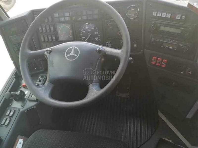 Mercedes Benz INTEGRO