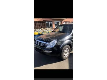 SsangYong Rexton 2006. god. -  kompletan auto u delovima