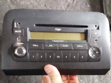 Fabricki radio mp3 za Fiat Croma od 2005. do 2010. god.