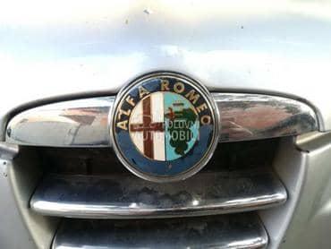 Znak na haubi za Alfa Romeo 147