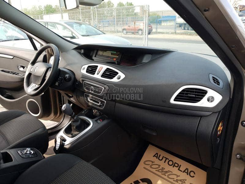 Renault Grand Scenic 1.5DCI 7 SEDISTA