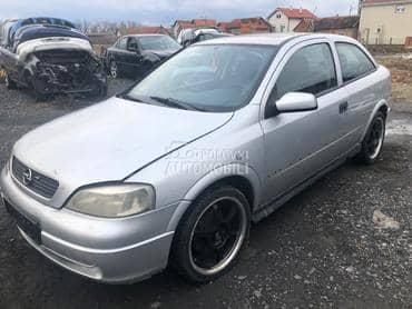 Opel Astra G 2000. god. -  kompletan auto u delovima