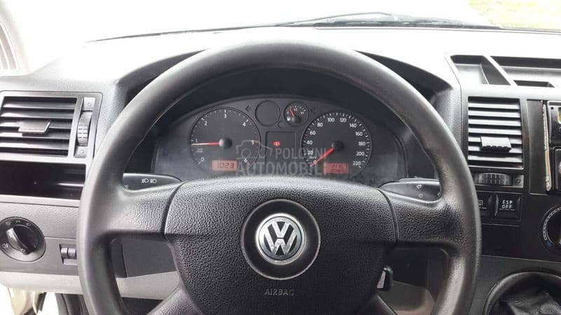 Volkswagen Transporter T5 K L I M A 1.9TDI