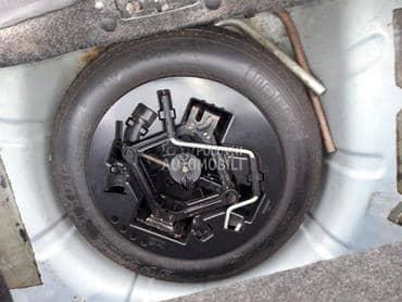 Rezervni tocak sa alatom 14 za Fiat Punto