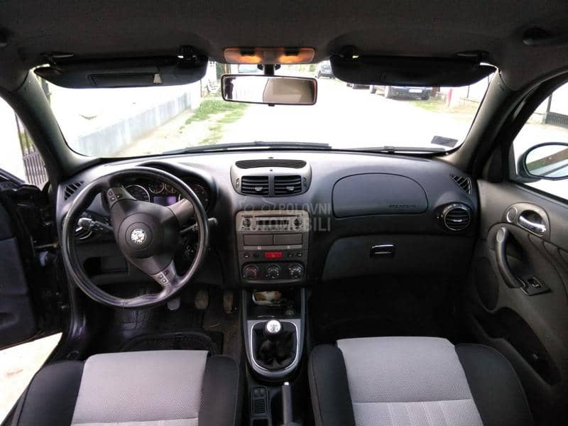 Alfa Romeo 147 1.9 jtdm black line