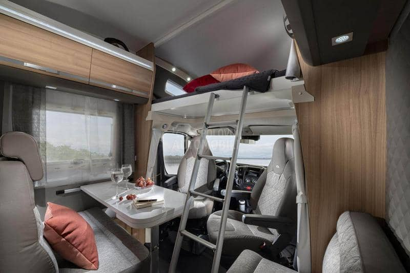 Adria Coral XL Axess 670 SP