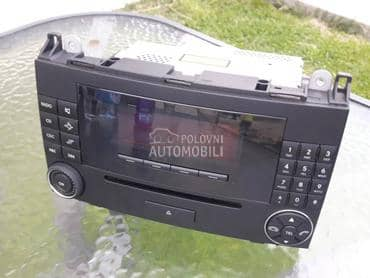 Radio Mercedes B200 original za Mercedes Benz B 200 od 2005. do 2009. god.