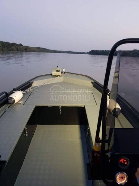 Tracker Alunautika suzuki 90