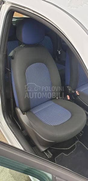 Lancia Ypsilon B E N Z I N