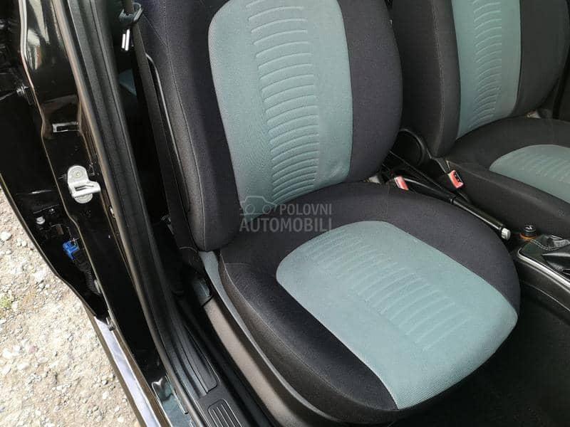Fiat Grande Punto 136.OOO 1,2 NOV
