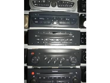 CD MP3 RADIO za Renault Clio, Espace, Fluence ...