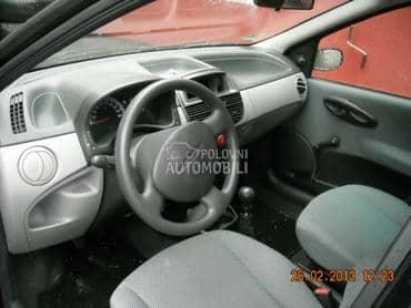Fiat Punto - kompletan auto u delovima