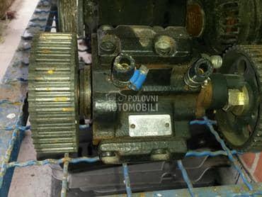 Bosch pumpe za Alfa Romeo 146, 147, 156 ...