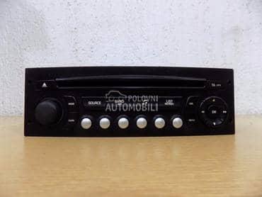 Fabricki cd radio za Peugeot 307
